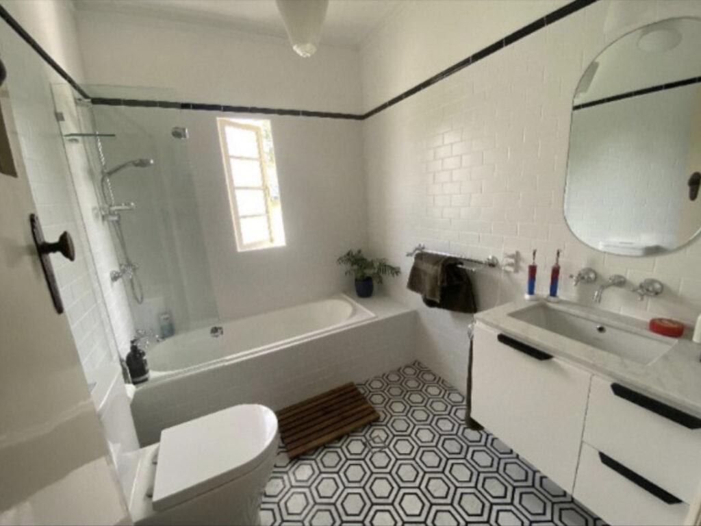 Keperra Bathroom renovation Traditional  bathroom Renovation Modern bathrooms Brisbane